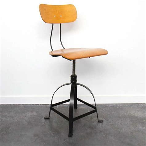 chaise reglable hauteur 27 id 233 es d 233 co de tabouret et chaise de bar industriel