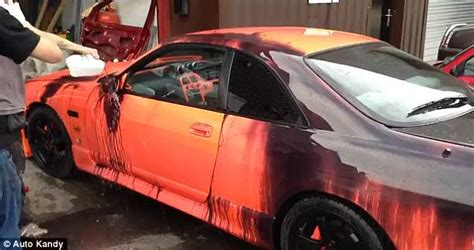 what is it called when your change color car colour with heat sensitive paint changes depending on
