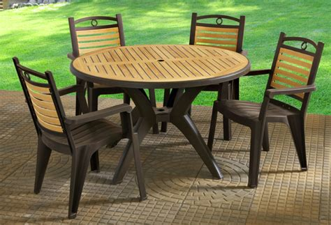 Plastic Patio Table And Chairs Plastic Outdoor Table Teak Patio Furniture