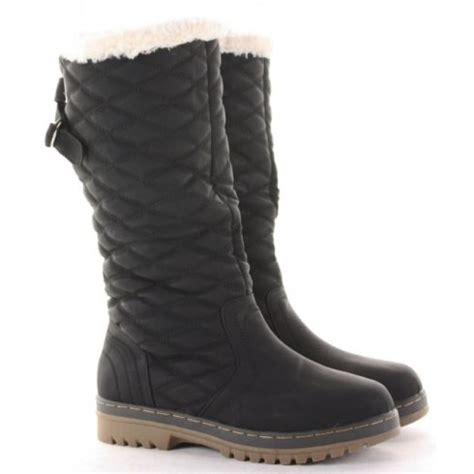 black quilted snow boots from parisia