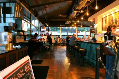 grind house burger 8 best places for lunch in buckhead