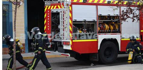 bomberos imagenes fuertes los fuertes vientos de madrugada obligaron a realizar 5