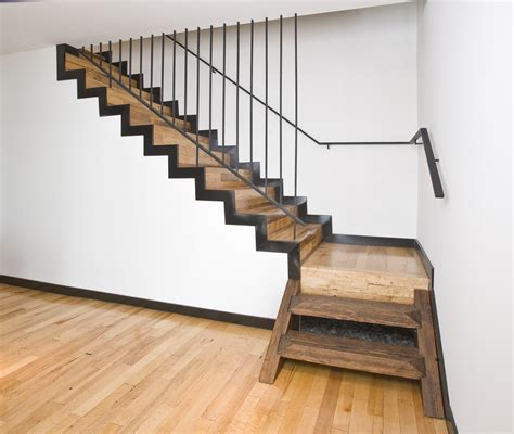 staircase appropiate for design new home with