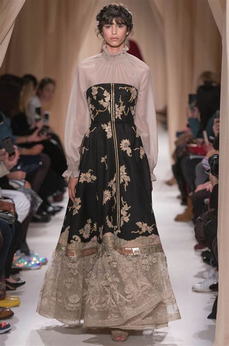 Top 9 Valentino Dresses by Valentino Haute Couture Summer 2015 S