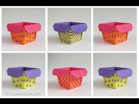 Origami Popcorn Box - buckets and flower on
