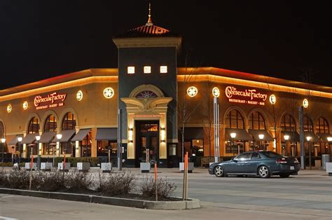 cheesecake factory hours the cheesecake factory overtime pay lawsuit overtime the