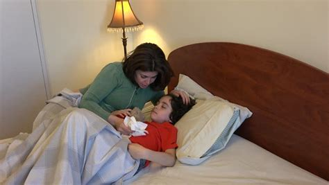 mom son bedroom single mother and son sleeping together or single mother and son sleeping together or sharing a