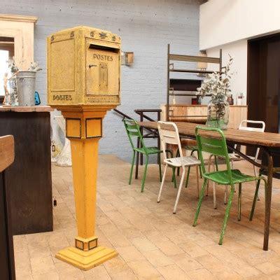 boite aux lettres sur pied 3028 ma boutique meuble industriel antiquit 233 s et