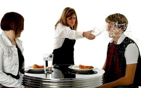 galateo cameriere galateo le brutte abitudini dei camerieri dissapore