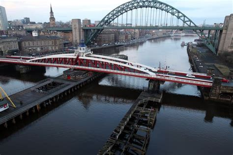 river tyne swing bridge person jumps from newcastle swing bridge into river tyne