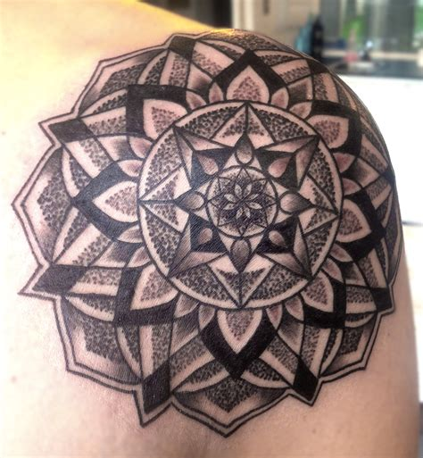 Geometric Tattoo Artist Vancouver | blog victoria bc tattoo artist tattoo shop