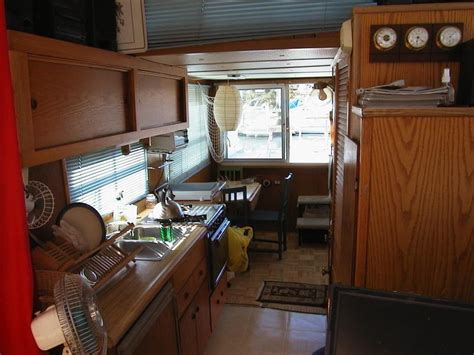 1980 Gibson 36 Foot Houseboat