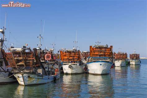 meteo san al porto la flotta dei pescherecci nel porto di san benedetto