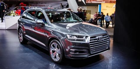 q7 audi price in delhi new audi q7 2016 launched in the indian market at rs 72 lakhs