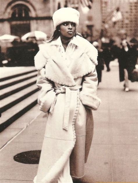 share my world mary j blige mp mary j blige your face pinterest