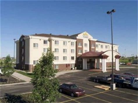 comfort inn grand forks nd holiday inn express hotel and suites grand forks grand