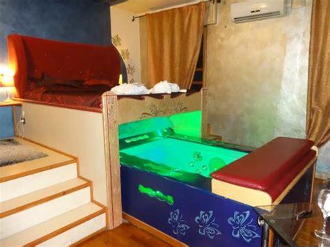 vasca in da letto da letto con vasca idromassaggio duylinh for
