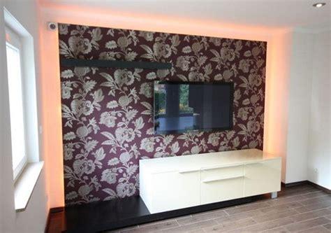 wohnzimmer farblich gestalten ein wohnzimmer mit kamin gestalten raumax
