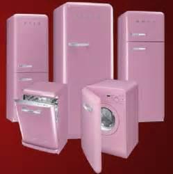 smeg appliances coolest latest gadgets smeg uk goes retro to spread