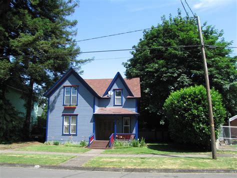 City Of Cottage Grove Oregon by Cottage Grove Or Colorful House Cottage Grove Or Photo