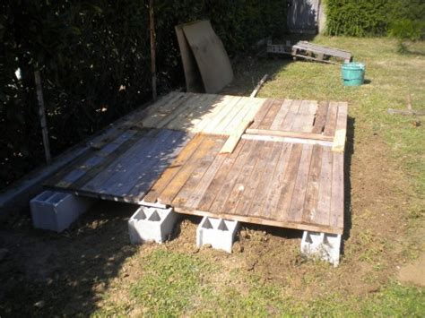 Construire Cabane En Bois Pas Cher by Construire Un Abri De Jardin En Bois Pas Cher