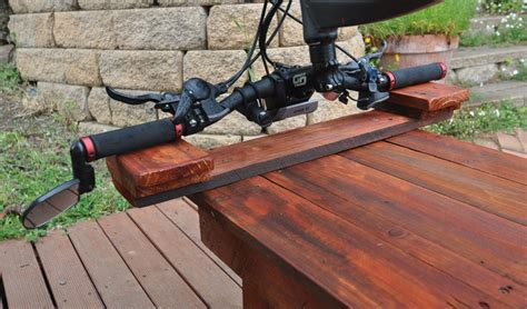 bicycle work bench build a handy bicycle work table from an old pallet