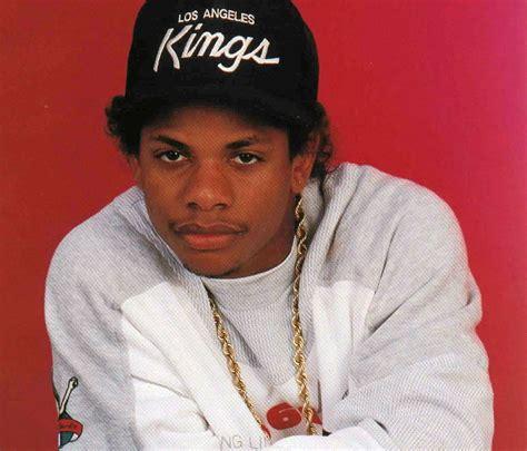 Eazy E Criminal Record Quot Outta Compton Quot Relance La Th 233 Orie Du Complot Sur