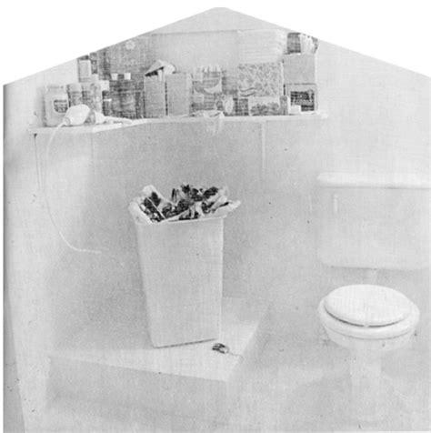judy chicago menstruation bathroom feminist art and womanhouse oye se 241 or la mujer no es suya