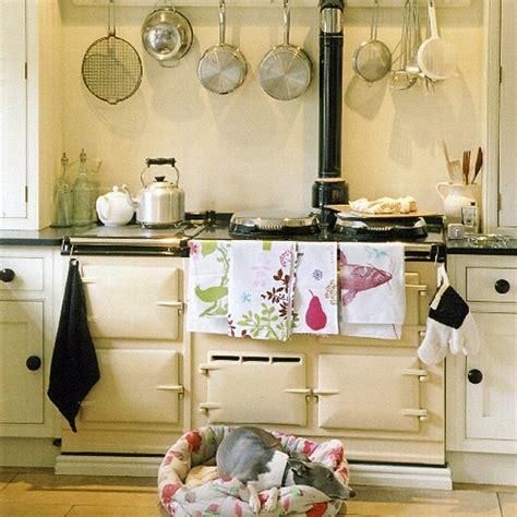 cottage kitchen decorating ideas cottage kitchen kitchen design decorating ideas ideal home