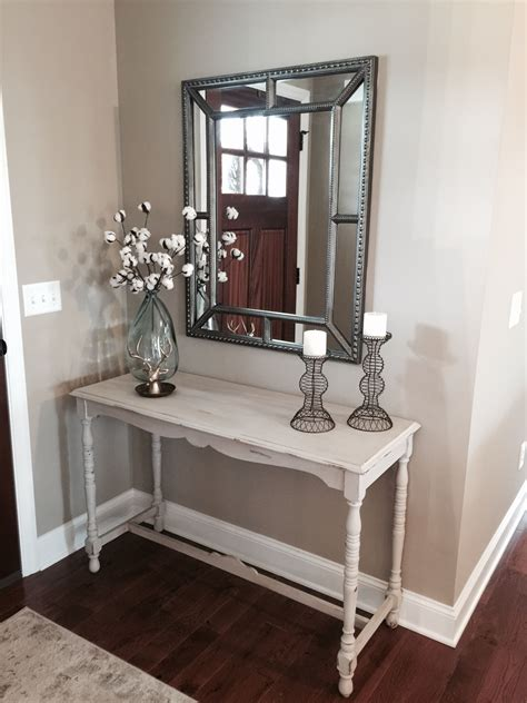 How To Decorate A Small Entry Table