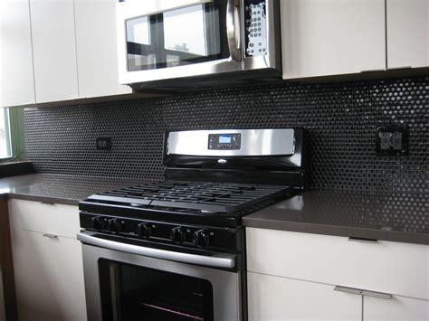 black backsplash in kitchen hot little batches of moddotz porcelain penny round tiles