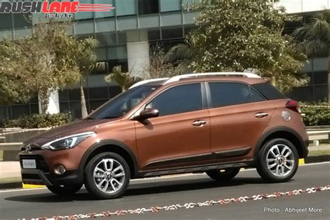 Hyundai i20 Active leaked in spy photos   Autocar India