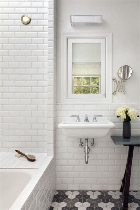 White Tiled Bathrooms by Best 25 Subway Tile Bathrooms Ideas Only On