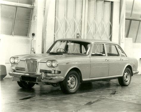 3 Litre V8 by The Wolseley Pictured Here Was Fitted With A Rover 3 5