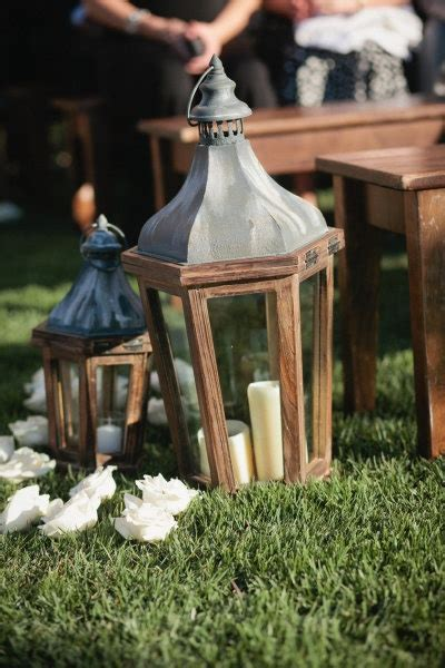 Wedding Aisle With Lanterns by Best 25 Wedding Aisle Lanterns Ideas On