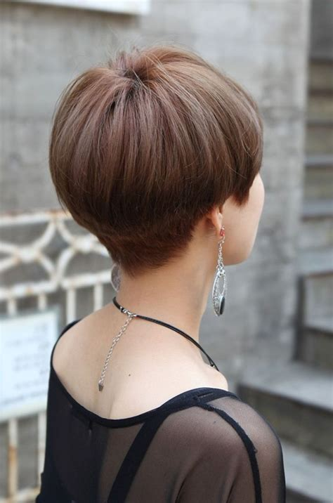 short gray hairstyles with wedge in back short bob wedge haircut back view short hairstyle 2013