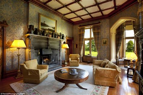 Stately Home From The Inside by Inside The 16th Century Stately Home On Sale For 163 5