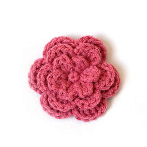 free pattern easy crochet flower crocheting the day away tutorials and free patterns