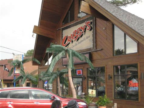 Crabs Picture Of Crabby S Wisconsin Dells Tripadvisor Seafood Buffet Wisconsin Dells