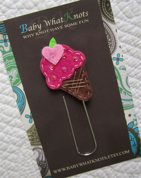How To Make A Paper Clip Bookmark - large paperclip bookmark bookmark felt