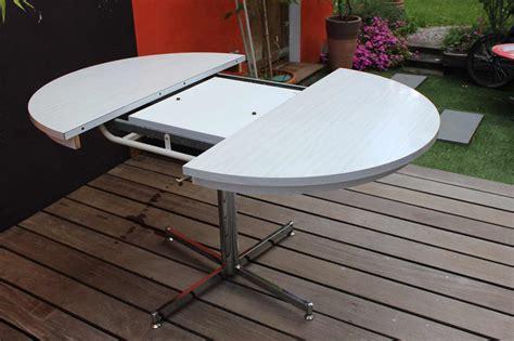 table formica en version ronde ou ovale vintage  fabichka