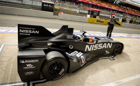 nissan race car delta wing nissan delta wing undergoes testing at road atlanta video