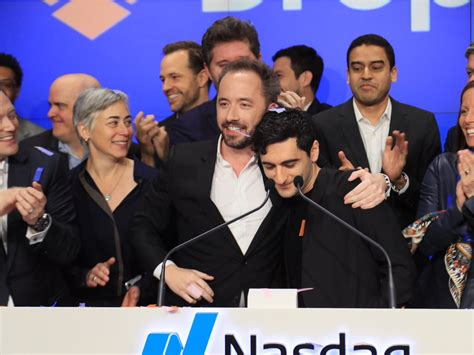dropbox yahoo finance dropbox surges 36 in trading debut dbx