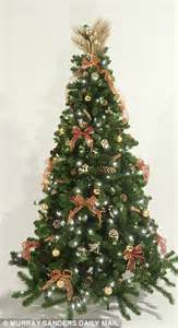 which christmas tree cost 163 1 000 to decorate and which