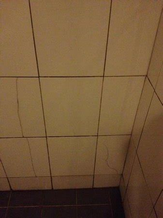 Tiles Cracking In Bathroom by Is View And Closer And Easy To Travel Picture Of
