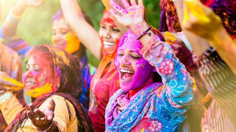 Great Home Design Tips by 10 Reasons To Celebrate Holi Festival Travel To India