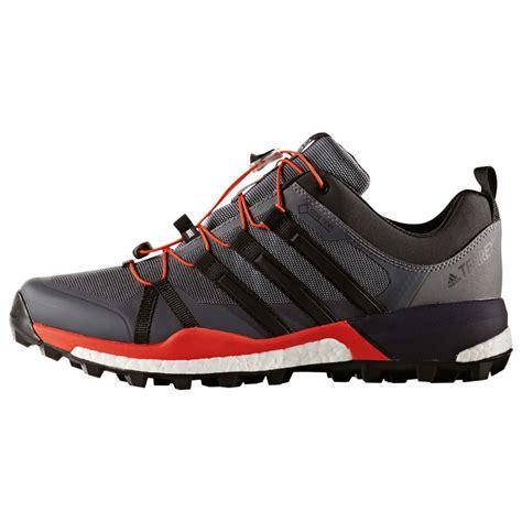 Adidas Sport Terrex Hitam Merah Sneaker Sporty adidas terrex skychaser gtx approach shoes s free eu delivery bergfreunde eu