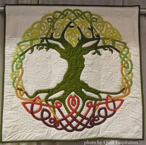 Celtic Quilting Designs by 25 Unique Celtic Quilt Ideas On Celtic Knot