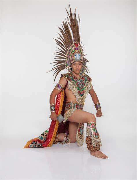 imagenes de trajes aztecas traje de azteca hombre completo nivel profesional