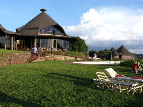 sofa lodge panoramio photo of ngorongoro sopa lodge